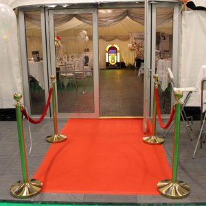 Du kan se en glas dør som er en fast Dør til telt hos Tommy Telt